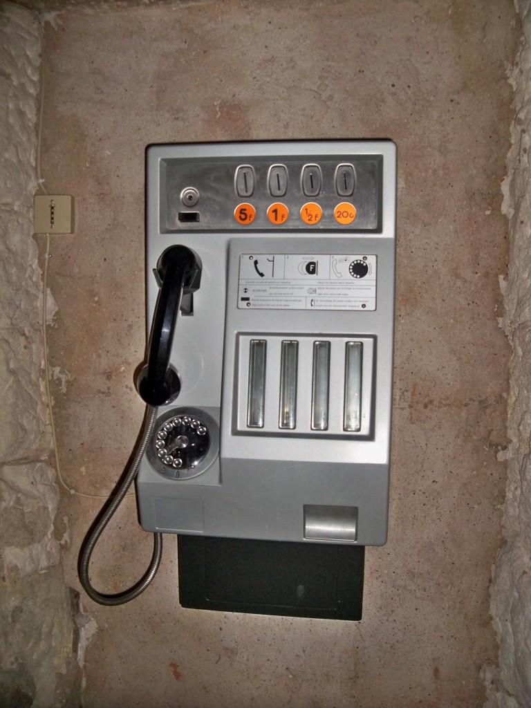 Cabine_téléphonique