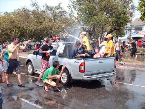songkran-pickup